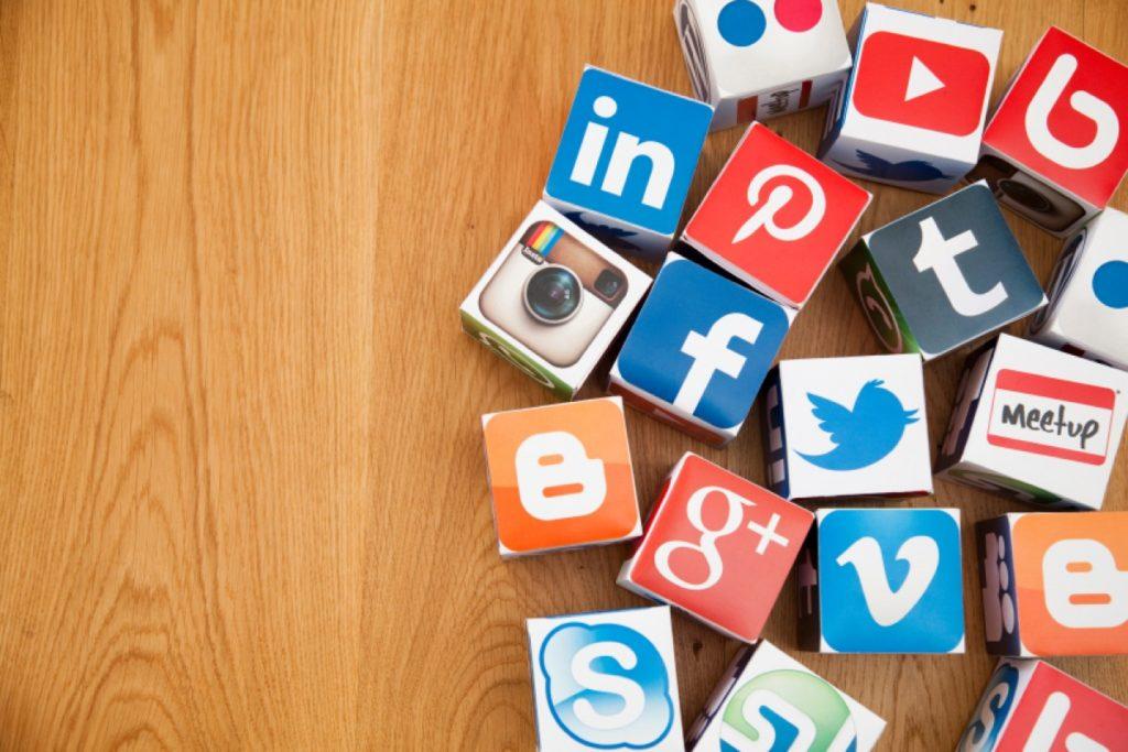 As 10 coisas que não deve partilhar nas Redes Sociais