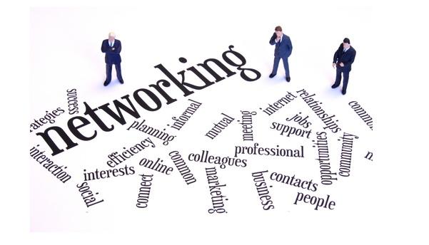 networking  os dos  u0026 don u0026 39 ts na procura de emprego