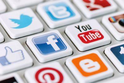 erros nas redes sociais