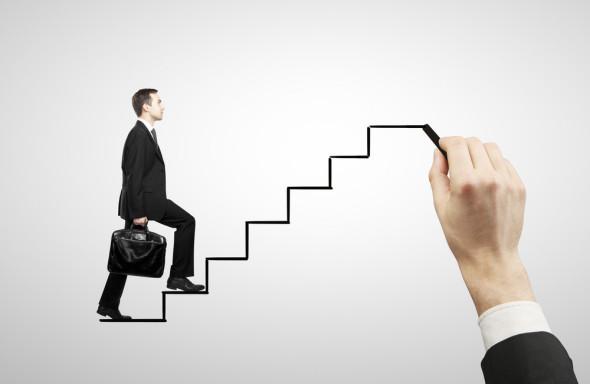 13 passos para encontrar emprego rapidamente
