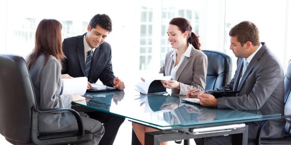 Entrevistas em grupo como impressionar toda a gente