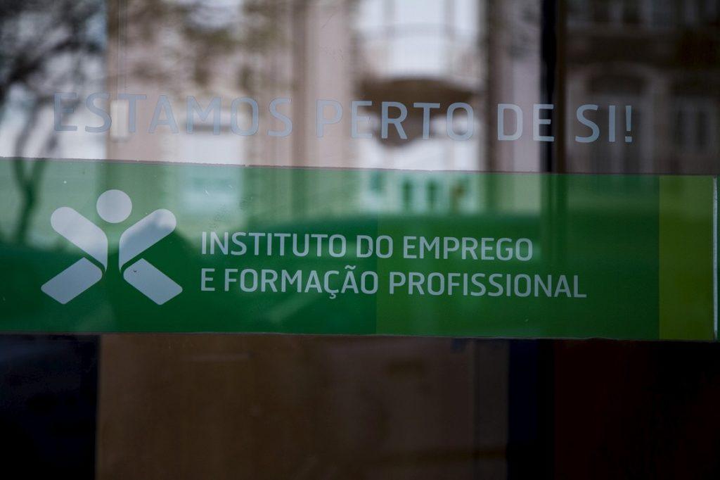 Apoio extra aos desempregados vai entrar em vigor